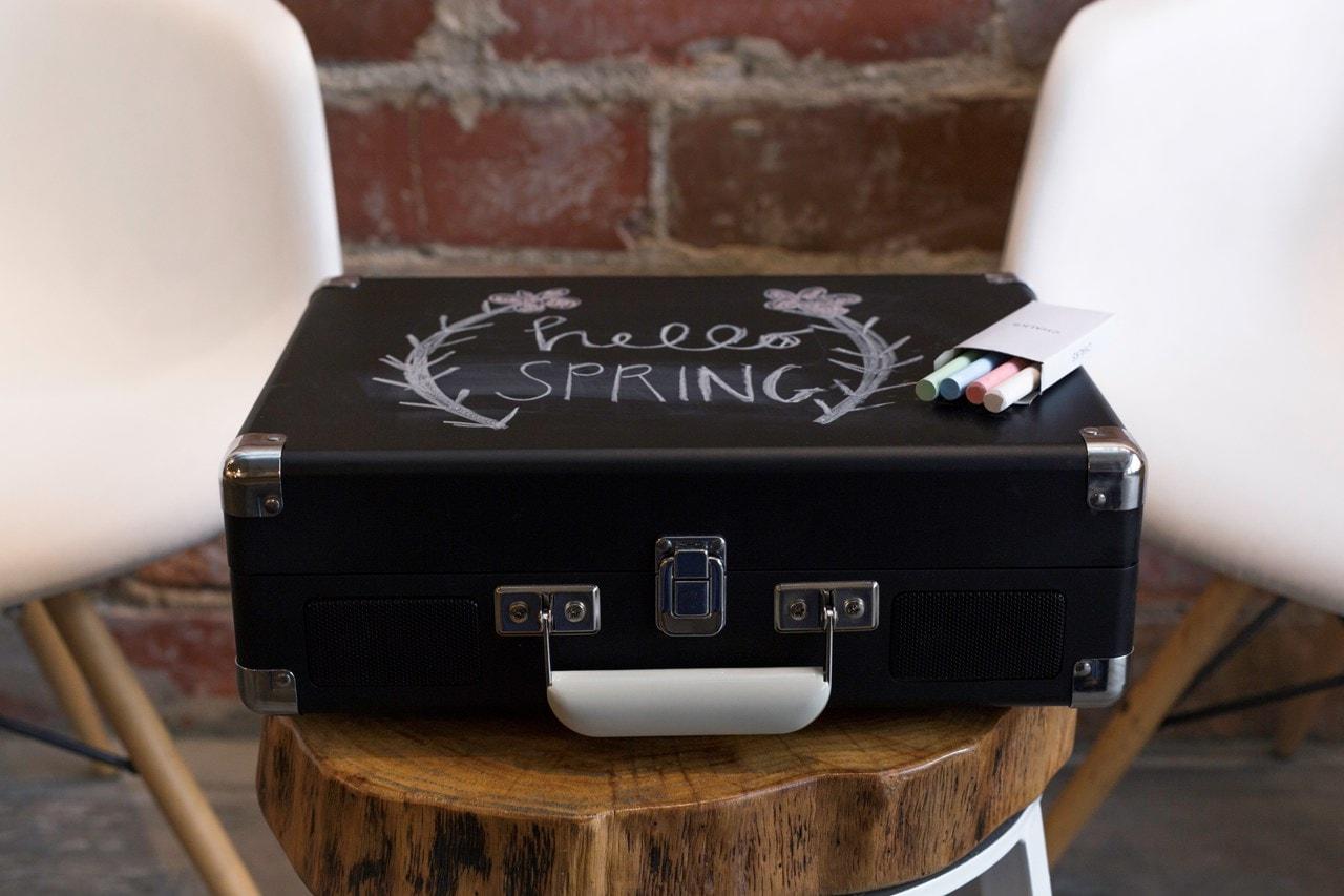 Crosley Cruiser Deluxe Chalkboard Black Turntable - 4