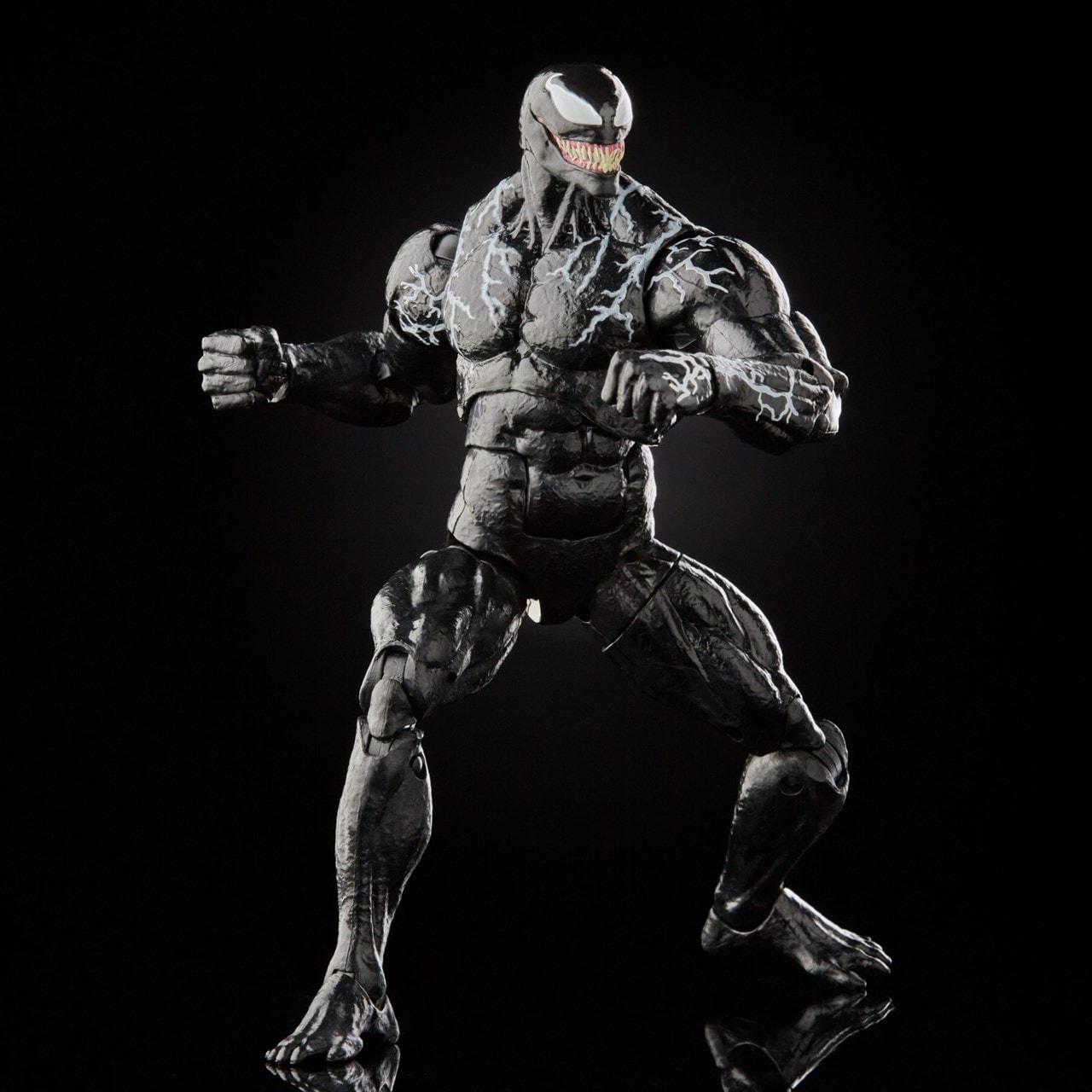 Marvel Legends: Venom Action Figure - 3