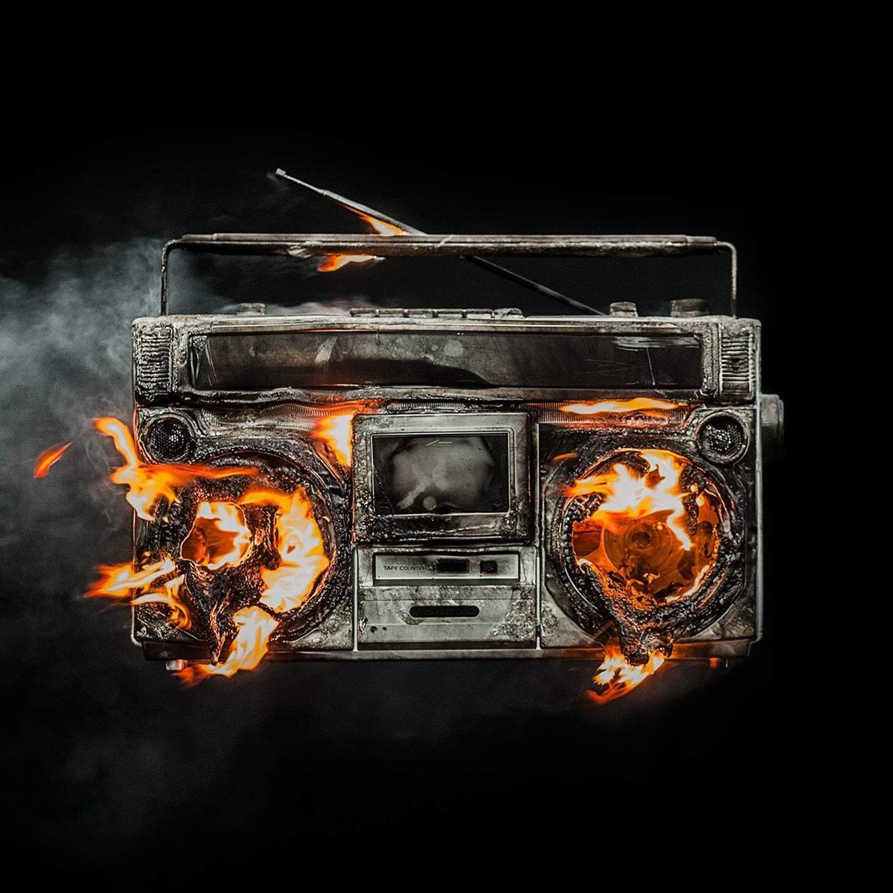 Revolution Radio - 1
