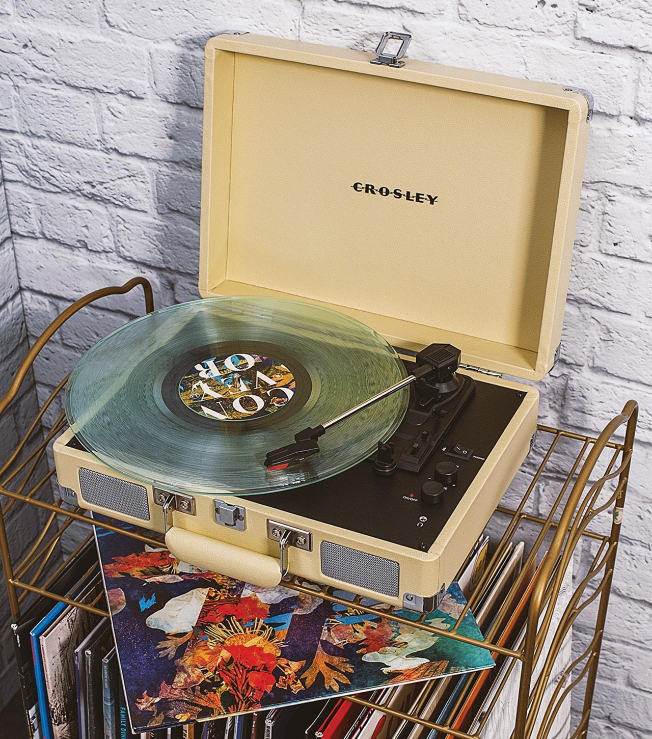 Crosley Cruiser Deluxe Fawn Turntable - 4