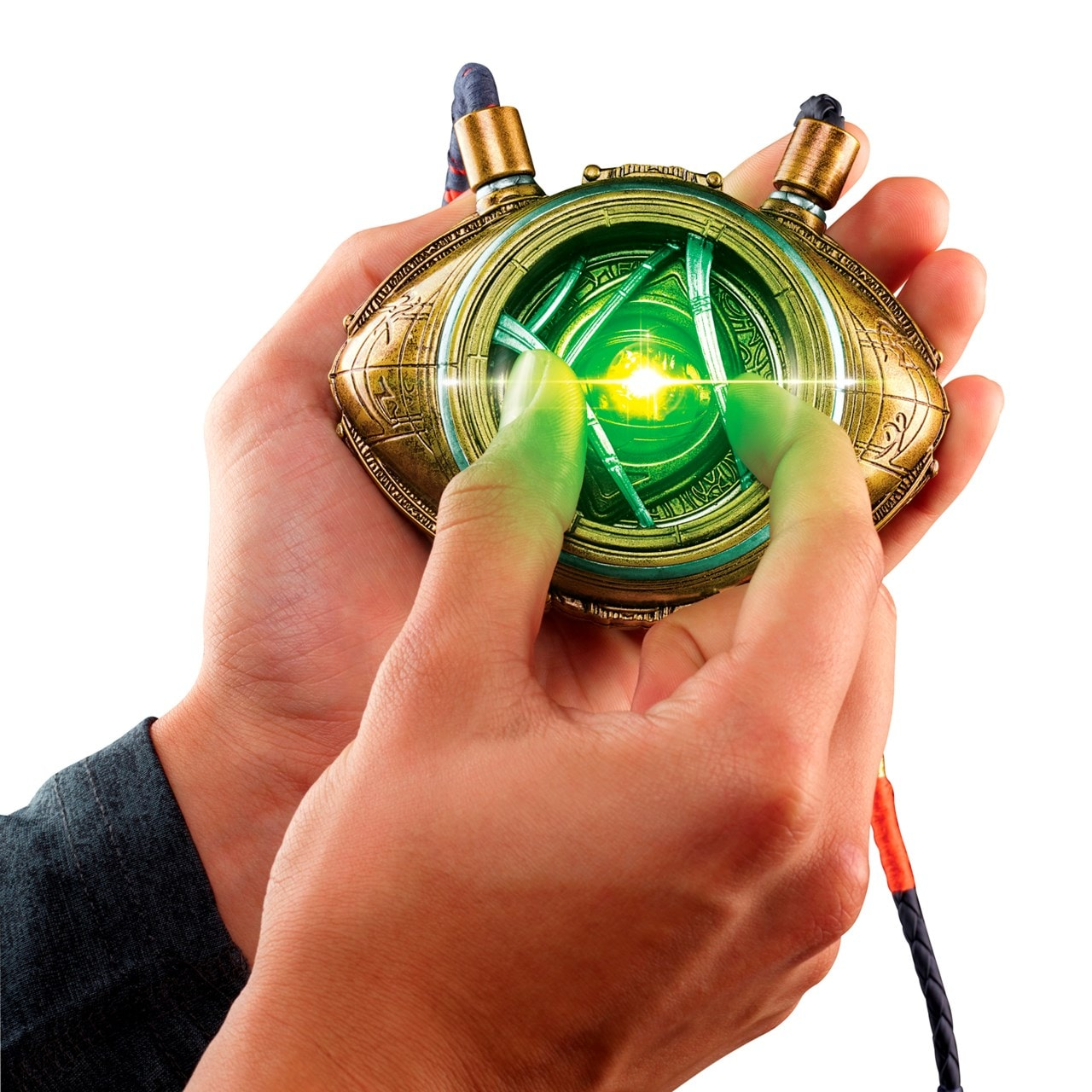 Hasbro Marvel Legends Doctor Strange Eye of Agamotto Replica - 7