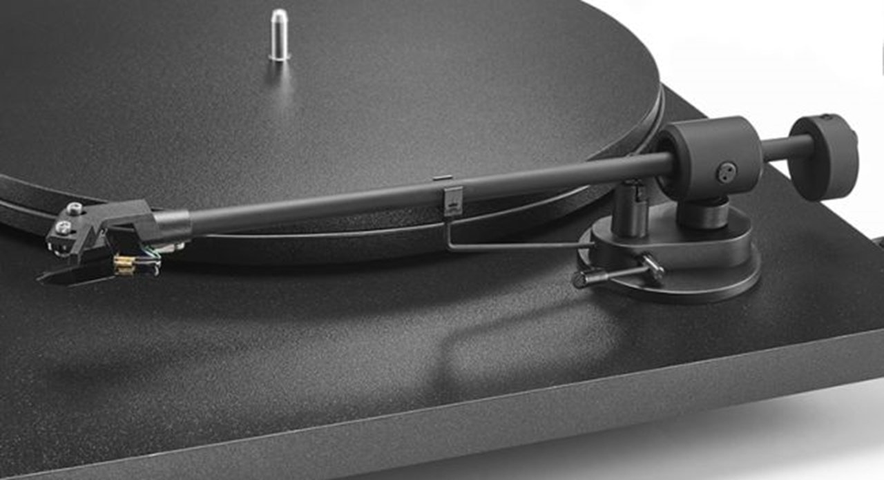 Pro-Ject Primary E Phono Black Turntable and Jamo DS4 Speakers - 5