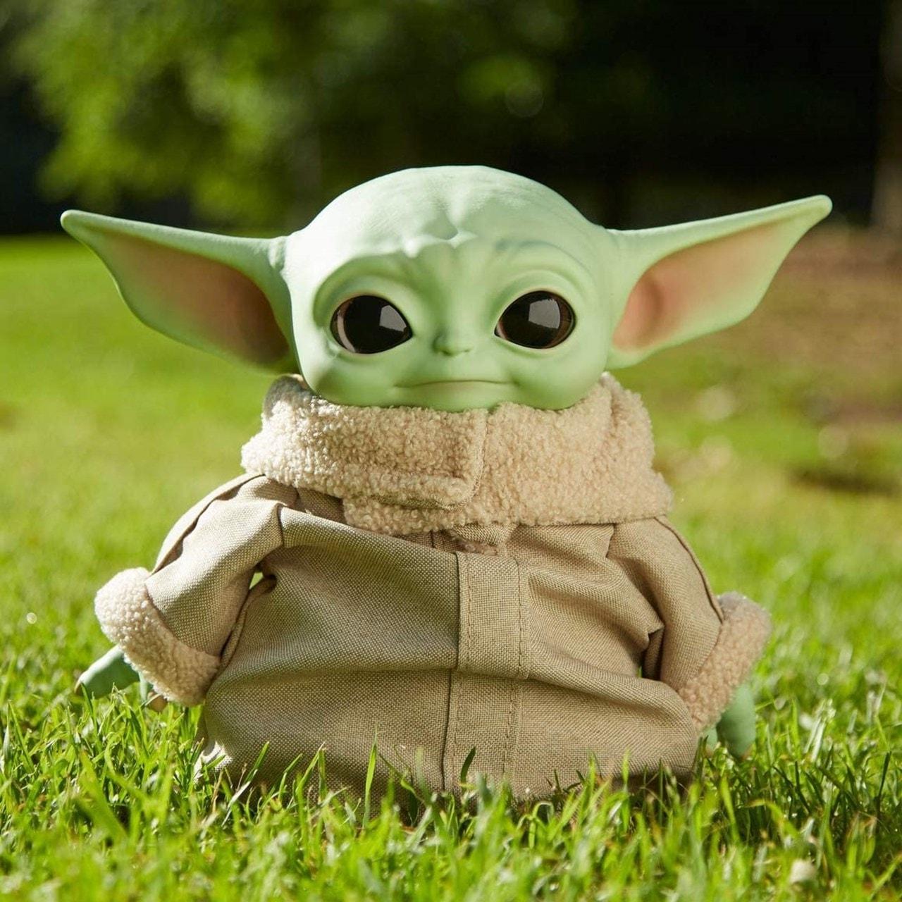 "The Mandalorian: The Child (Baby Yoda) 11"" Star Wars Plush - 4"