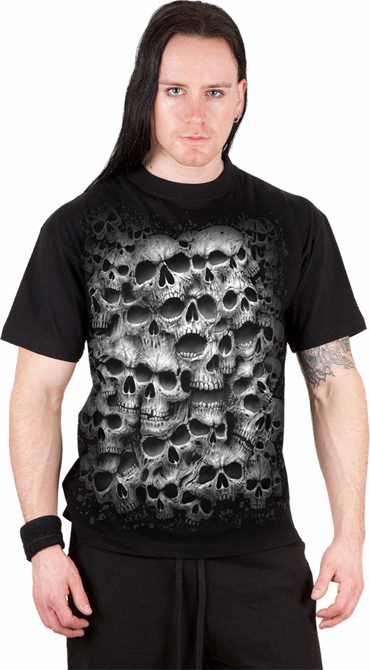 Spiral : Black Twisted Skulls (Small) - 3