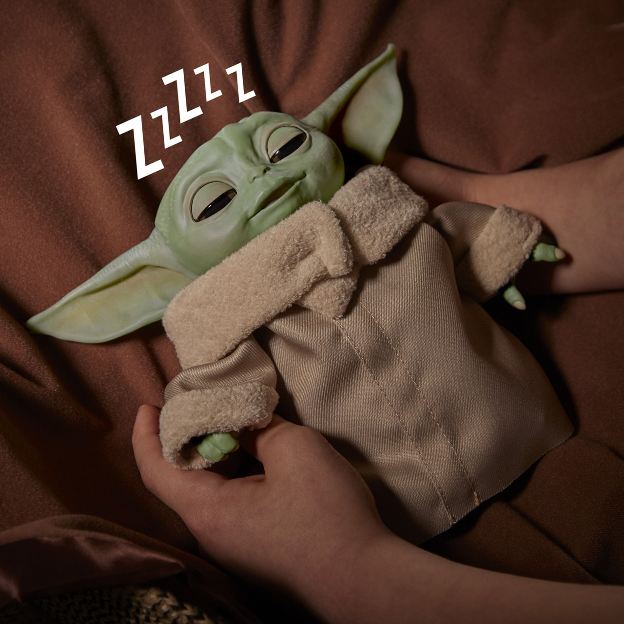Star Wars: The Child (Baby Yoda) Animatronic Toy - 5