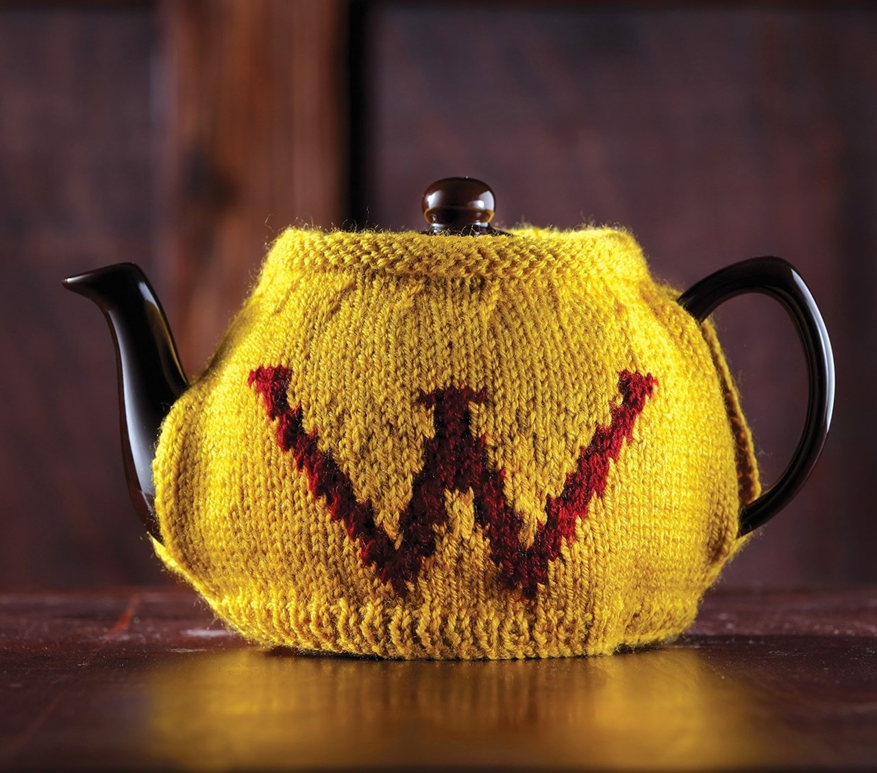 Weasley Tea & Egg Cosy: Harry Potter Knit Kit - 2