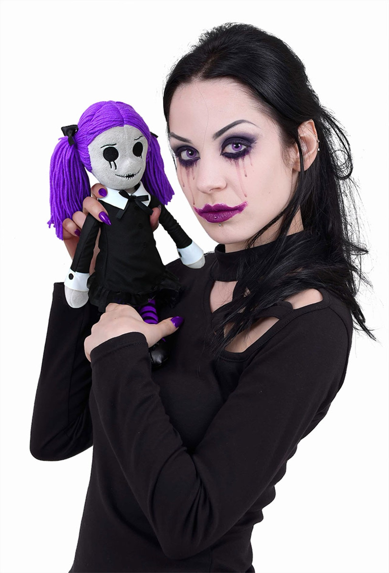 Viola: The Goth Rag Doll - 4
