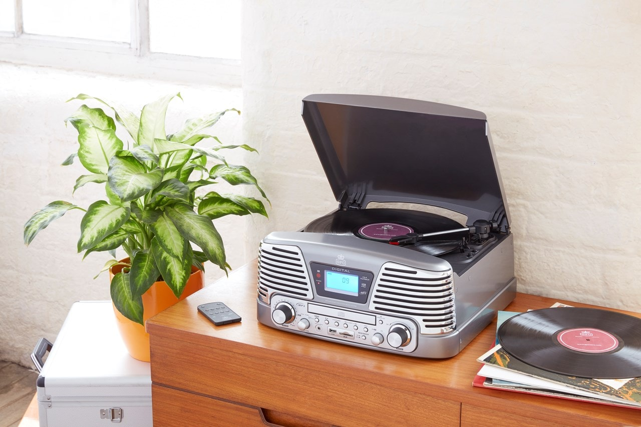 GPO Memphis Silver USB Turntable with CD Player & Radio (online only) - 3