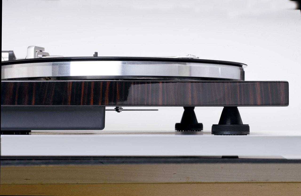 Lenco LBT-188 Walnut Bluetooth Turntable - 7