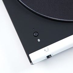 Audio Technica AT-LP60XBT White Bluetooth Turntable - 4