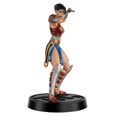 Wonder Woman Divine Armour Figurine: DC Hero Collector - 3