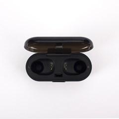 Urbanista Tokyo Airline Edition Dark Clown True Wireless Bluetooth Earphones - 3