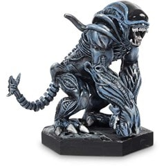 Alien: Bull And Gorilla Action Figures - 3