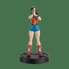 Wonder Woman Bombshell Figurine: DC Hero Collector - 2