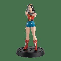 Wonder Woman Bombshell Figurine: DC Hero Collector - 3