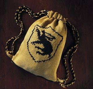 Hufflepuff House Kit Bag: Harry Potter Knit Kit