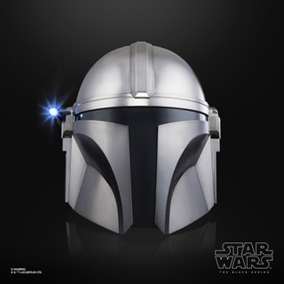 The Mandalorian Electronic Helmet: Star Wars Black Series
