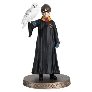 Harry Potter and Hedwig Year 1 Figurine: Hero Collector