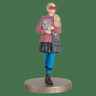 Luna Lovegood: Harry Potter 1:16 Figurine With Magazine: Hero Collector