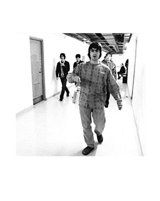 Oasis Backstage at Sheffield Arena Print (Size 20x25cm)