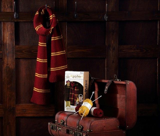 Gryffindor House Scarf: Harry Potter Knit Kit - 1