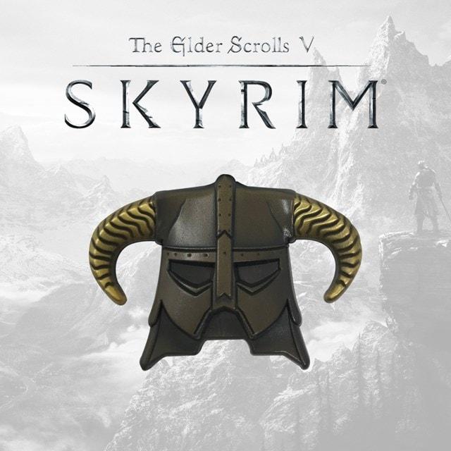 Skyrim: Helmet Pin Badge - 1