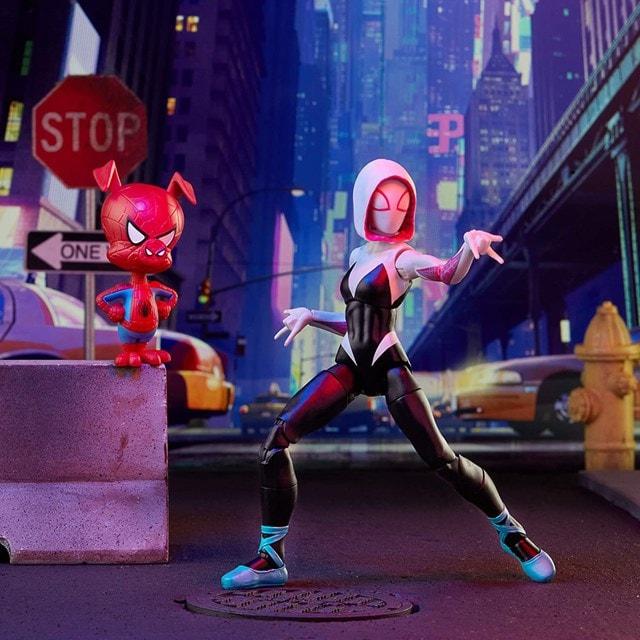 Gwen Stacy: Spider-Man: Into The Spider-Verse Marvel Legends Action Figure With Spider-Ham - 5