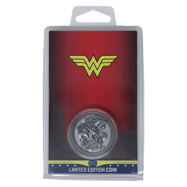 Wonder Woman: DC Comics Limited Edition Collectible Coin - 3