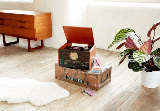 GPO Chesterton Wood 5-In-1 USB Turntable w/ Radio, CD & Cassette Player - 4