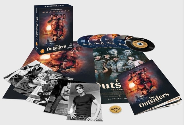 The Outsiders - The Complete Novel Collector's Edition (2021 Restoration) - 1