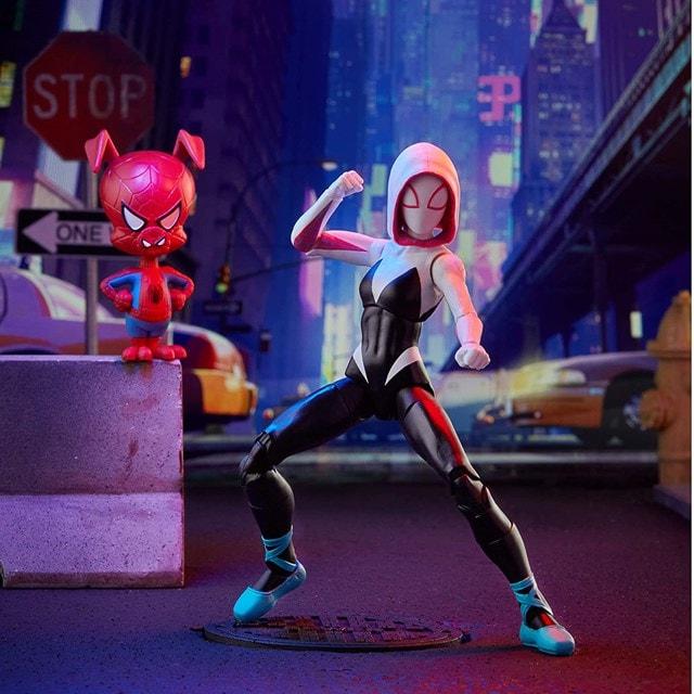 Gwen Stacy: Spider-Man: Into The Spider-Verse Marvel Legends Action Figure With Spider-Ham - 1