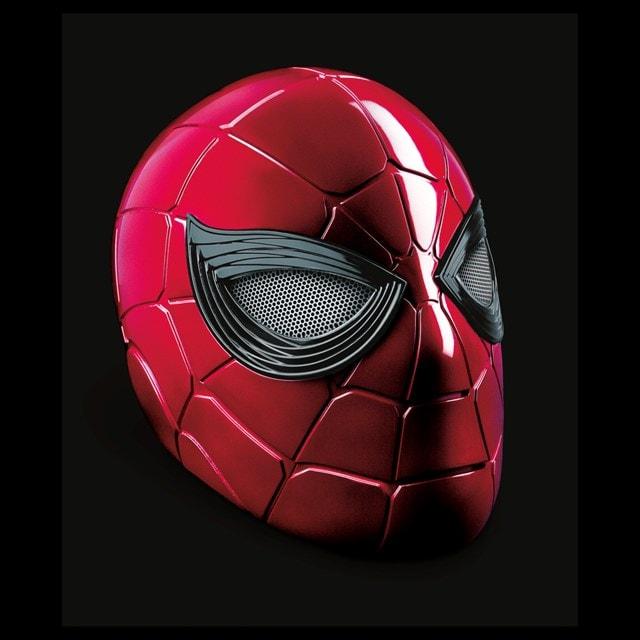 Iron Spider: Spider-Man Hasbro Marvel Legends Series Electronic Helmet - 6