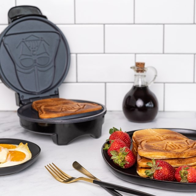 Darth Vader: Star Wars Waffle Maker - 4