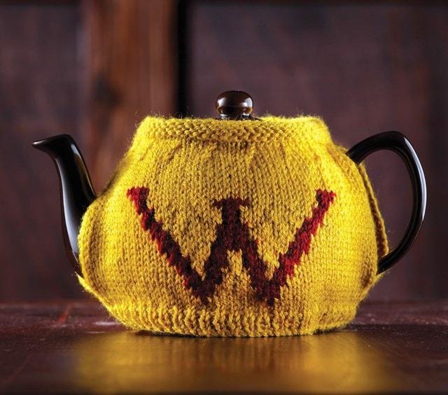 Weasley Tea & Egg Cosy: Harry Potter Knit Kit - 2