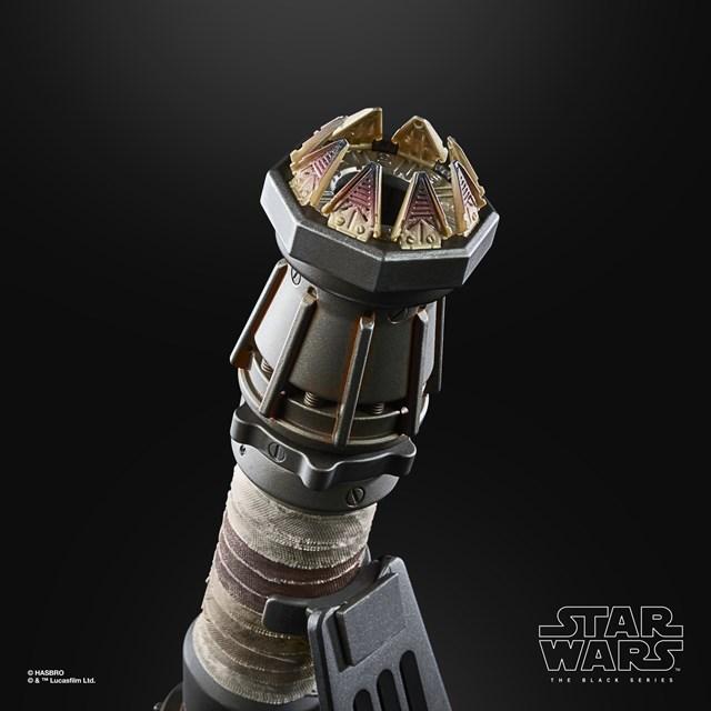 Rey Skywalker: Star Wars Black Series  Force Fx Elite Lightsaber - 10