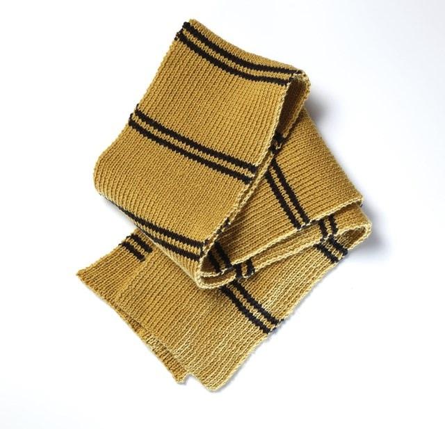 Hufflepuff House Scarf: Harry Potter Knit Kit - 4
