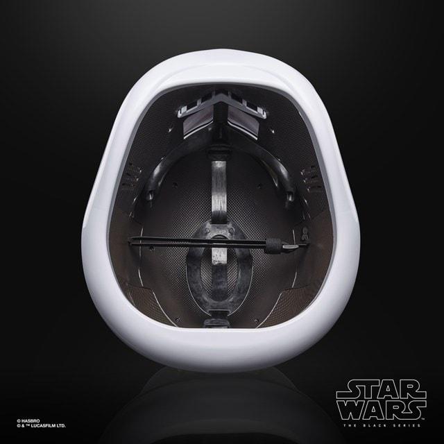 First Order Stormtrooper Electronic Helmet: Star Wars Black Series - 3